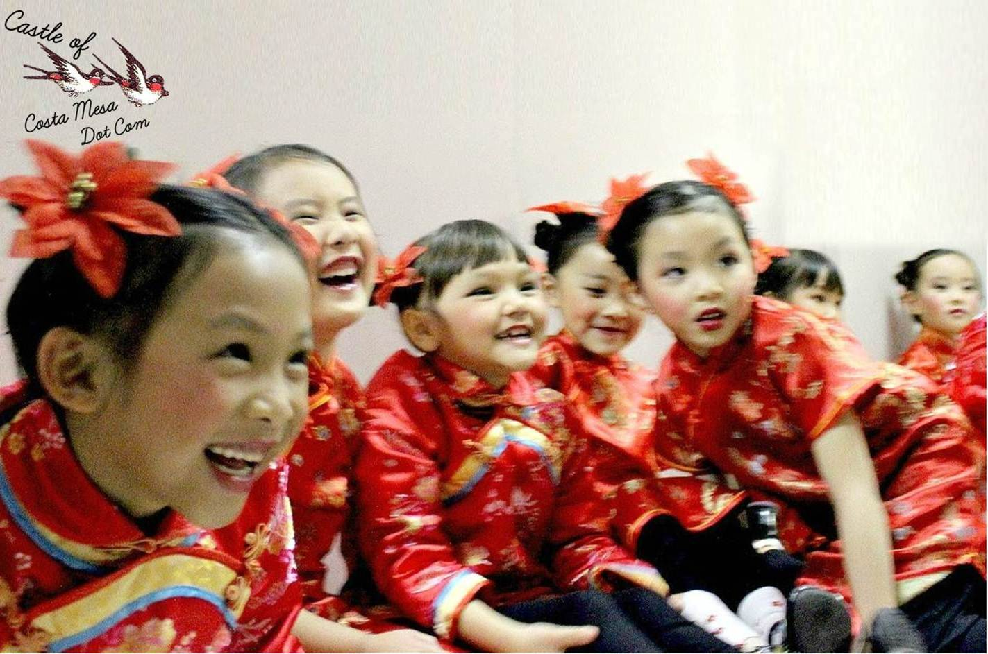 Traditional Chinese Childrenu2019s Hairstyle: Two Buns on the ...