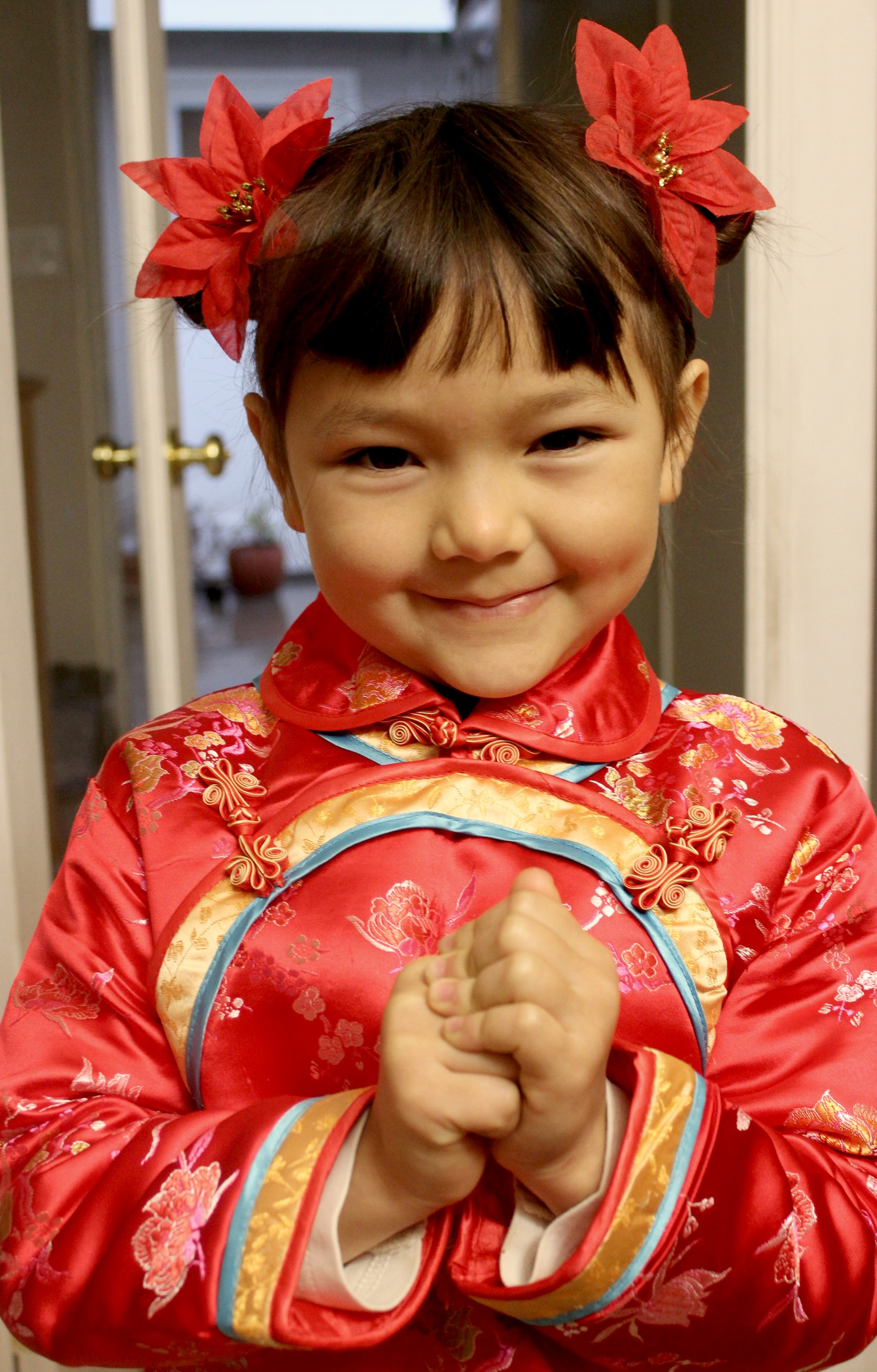 Admirable Traditional Chinese Children39S Hairstyle Two Buns On The Sides Short Hairstyles Gunalazisus