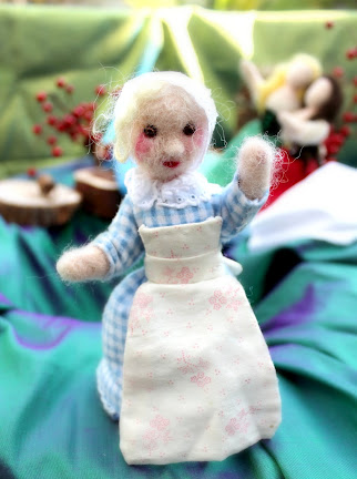Old Lady from Apple Cake by Nienke Van Hichtum. Handmade dolls by CastleofCostaMesa.Com