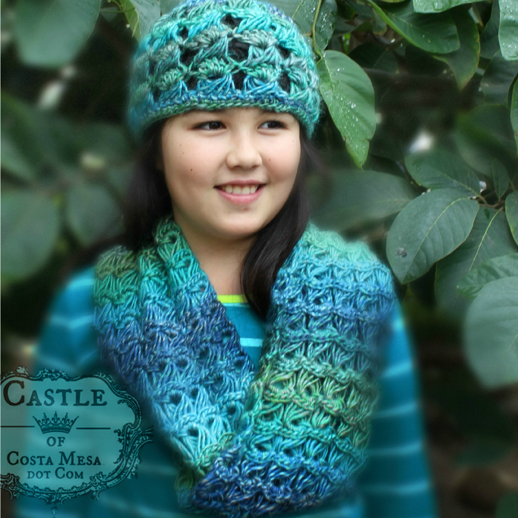 141201 square cropped Katya modeling crochet broomstick cowl and beanie