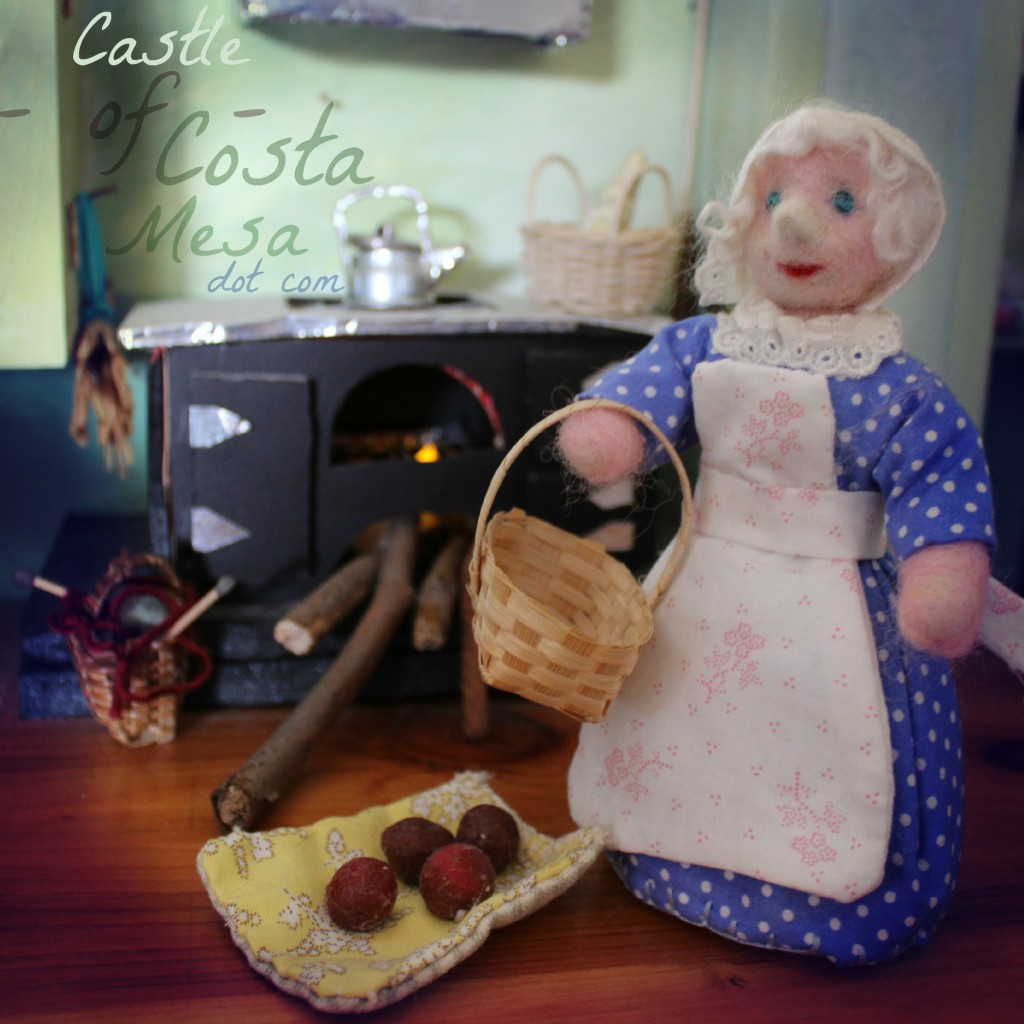 121205 in Cinderella's kitchen square logo