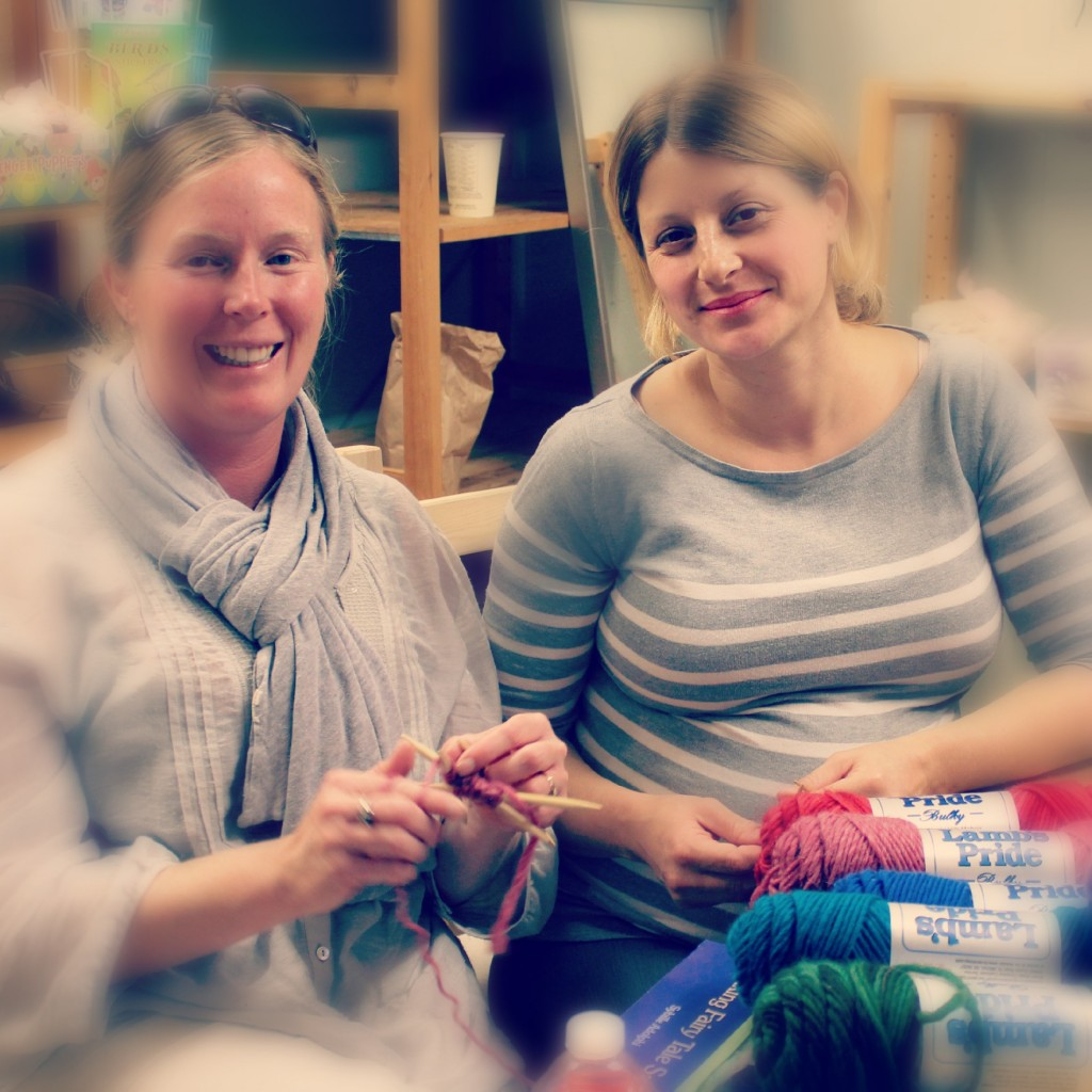 121212 Michaela and Sara knitting 3
