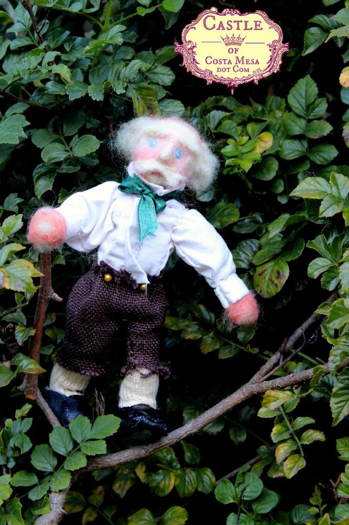 121220 Old Man in Honeysuckle bush logo