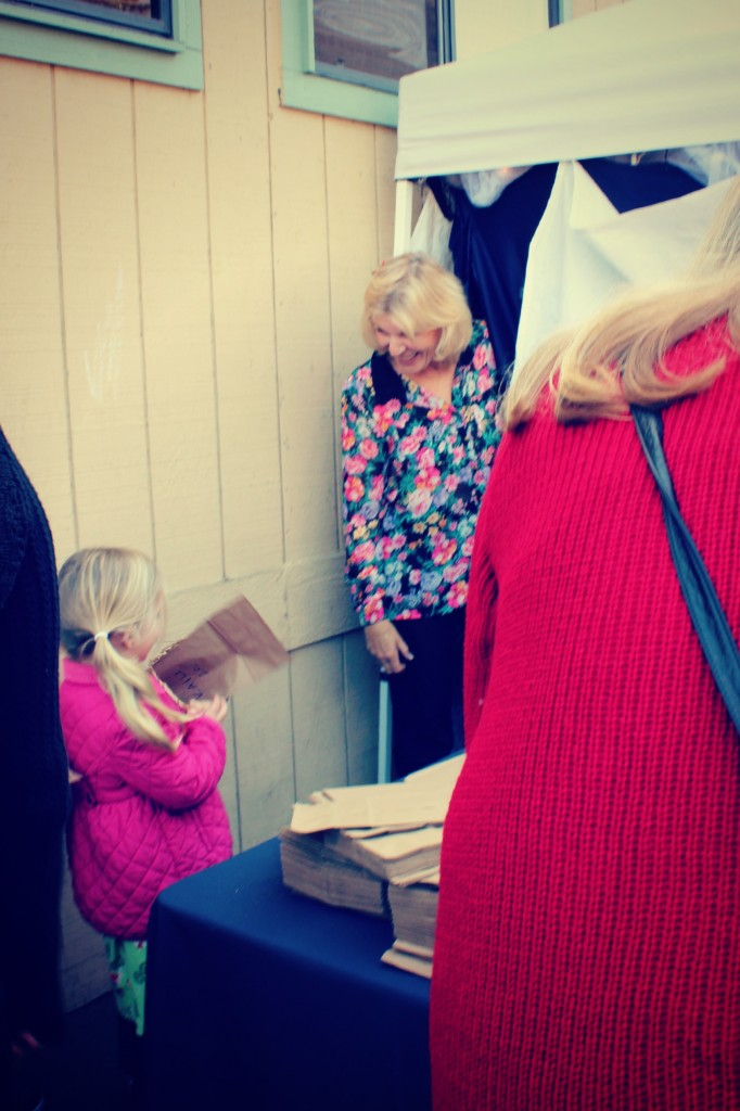 130123 little girl Kaili waiting in line to enter Elves Workshop
