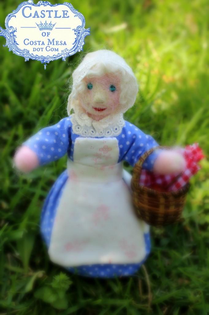 130421 Old Woman doll at Mason Park