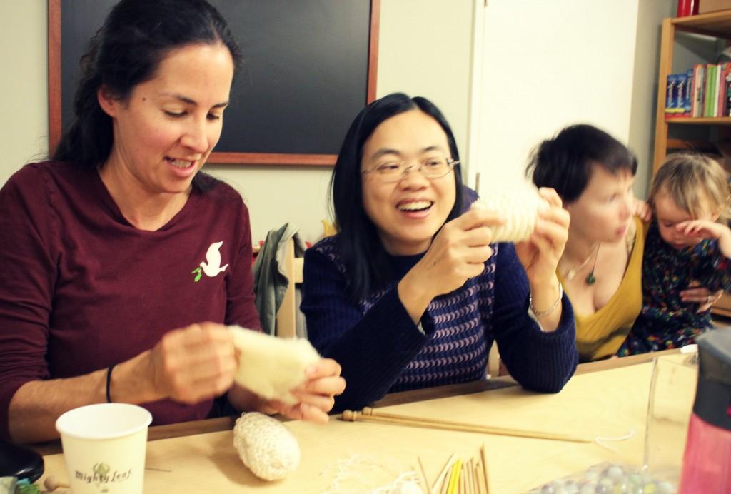 130116 Rebecca and Josephine knitting