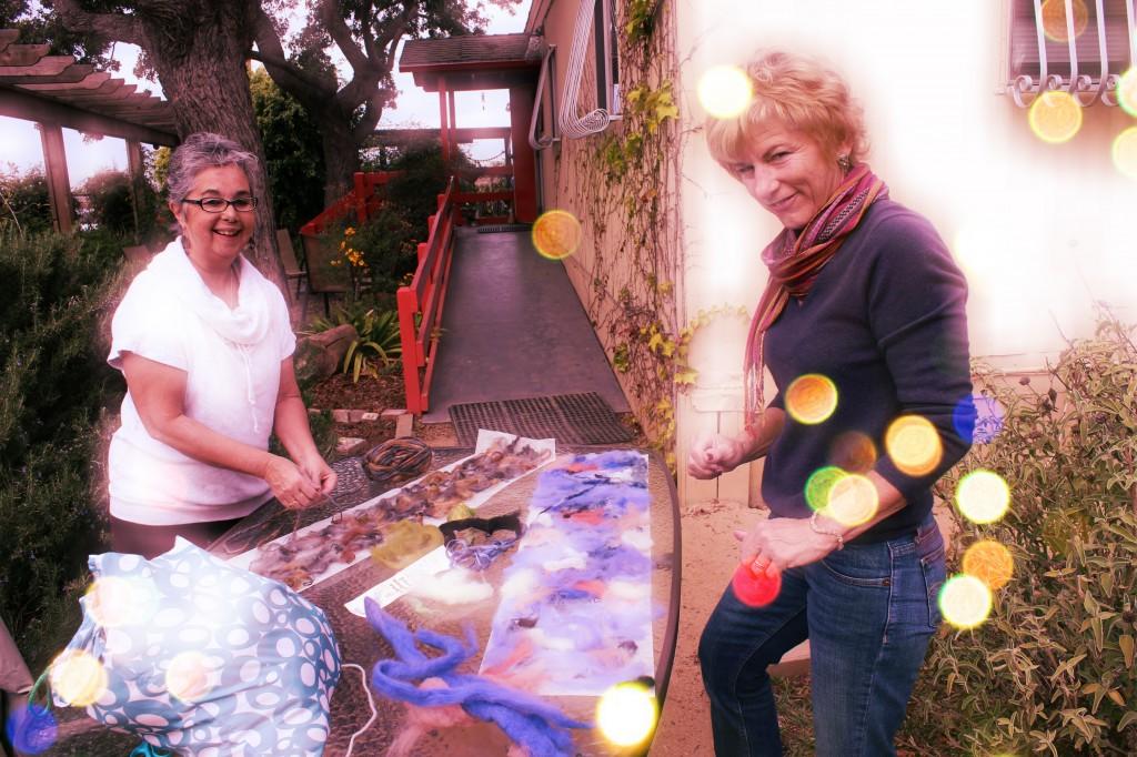 130123 Oma and Kim making Artfelt scarves al fresco