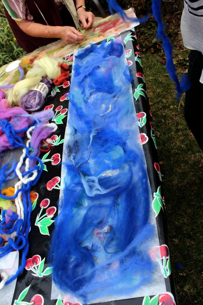 130123 Rachel's blue roving design on Artfelt paper