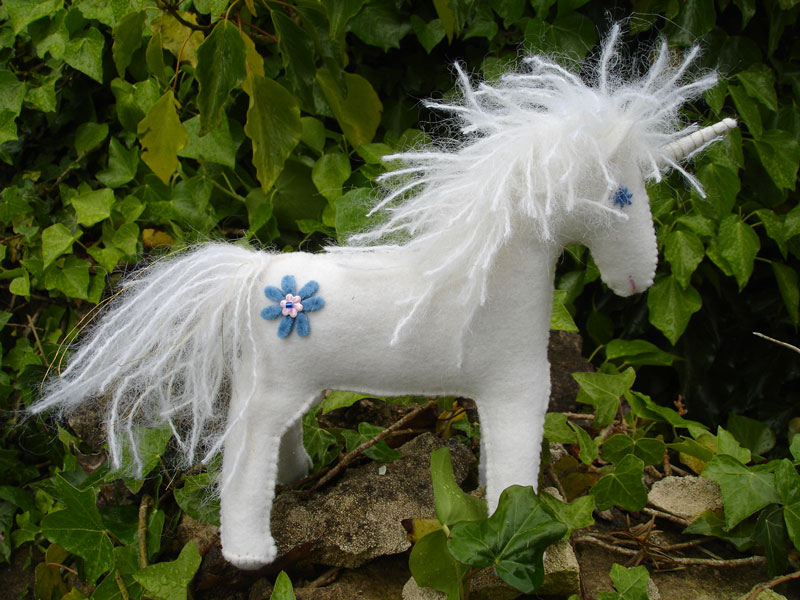 Echos of a Dream. White felt unicorn. Free pattern