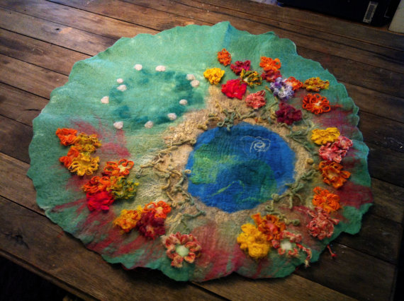 LARGE Hand felted embroided wool silk Waldorf Steiner pretend play story mat girls christmas gift nature meadow pastel flowers fairy ring. Masajesaf on Etsy