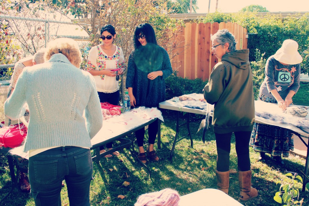 130227 outdoor Art Felt scarf crafting with Cathrine in center