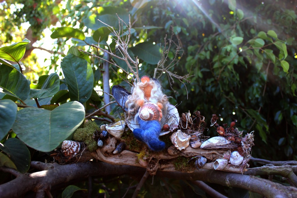 130227 Gisela's Mermaid on Driftwood, Artful Masterpiece