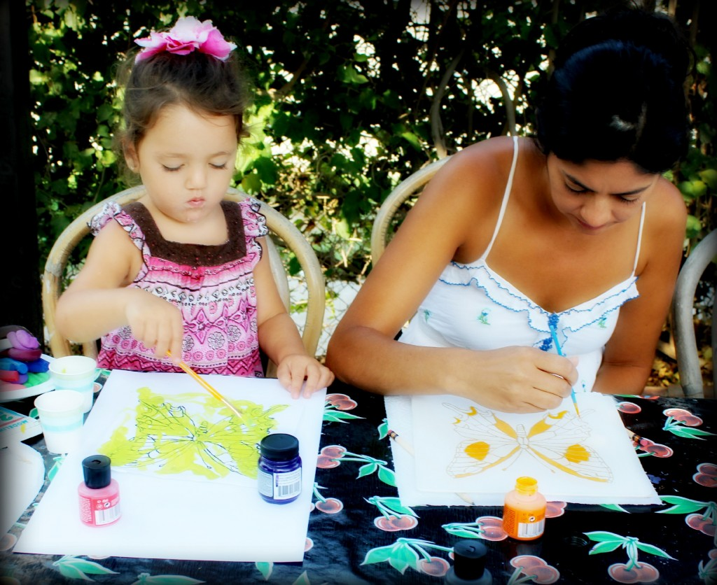 130910 Yvonne and Valentina mother and daughter silk painting butterflies