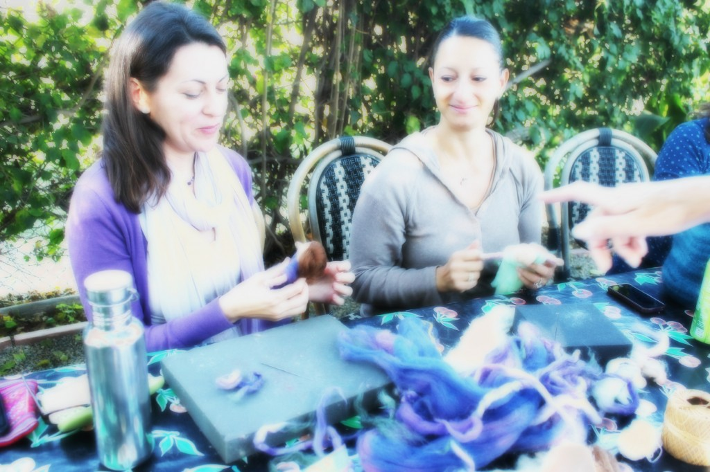 130924 Heather and Yasmine making pulled wool magic fairy angel dolls at craft group 2