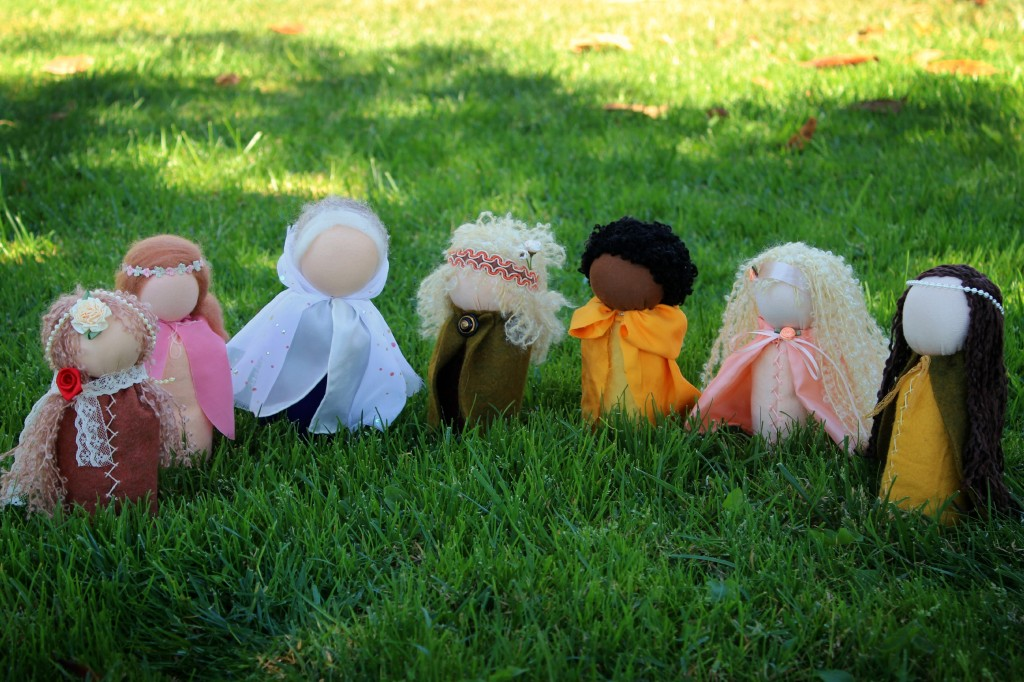 131001 7 newly handmade table top puppets on green lawn