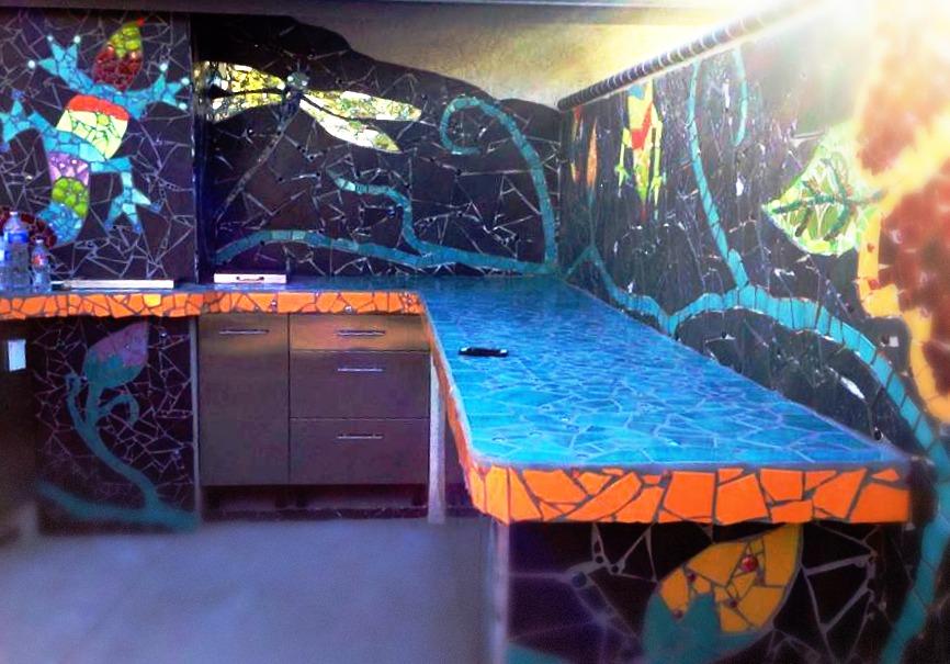 131110 Rachel Skelly. Smashing Designs. Mosaic BBQ. mirrored dragon fly and iguana