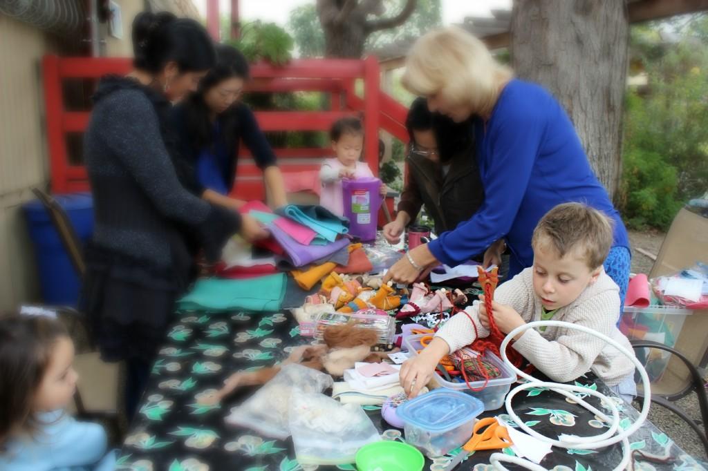 131112 Jack fork knitting alongside our craft group