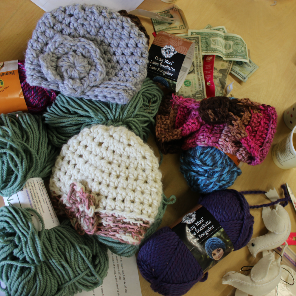 131119 supplies for making super thick bulky yarn crochet hat