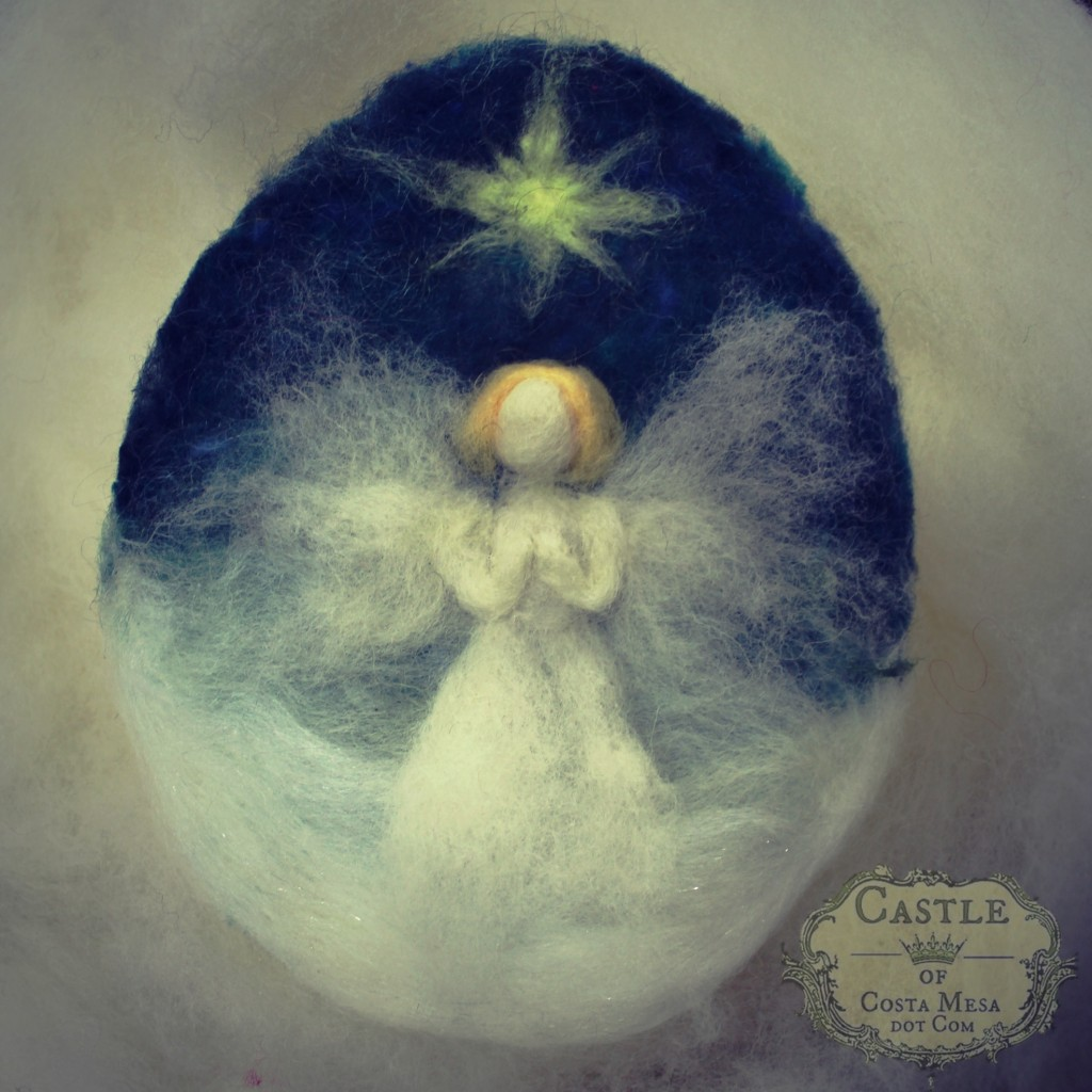 131203 Jzin's Christmas Angel Needle-felted oval picture 1 wine label logo