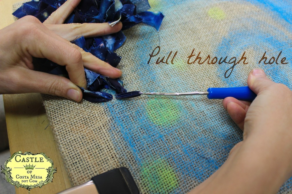 140107 Hooked rug tutorial Pull through hole. with text