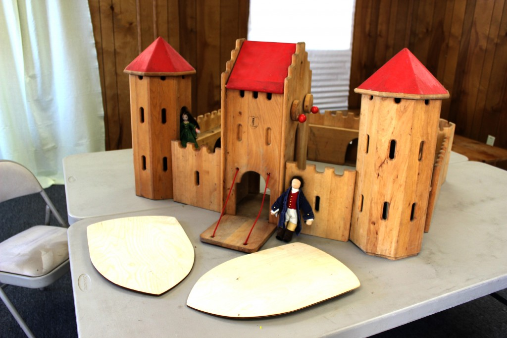 140114 First view of Schlingl wooden castle