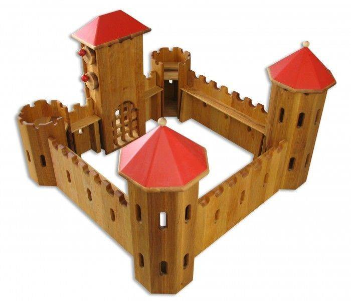 140204 Schlingl German Wooden Castle Manufacture's Photo back diagonal view
