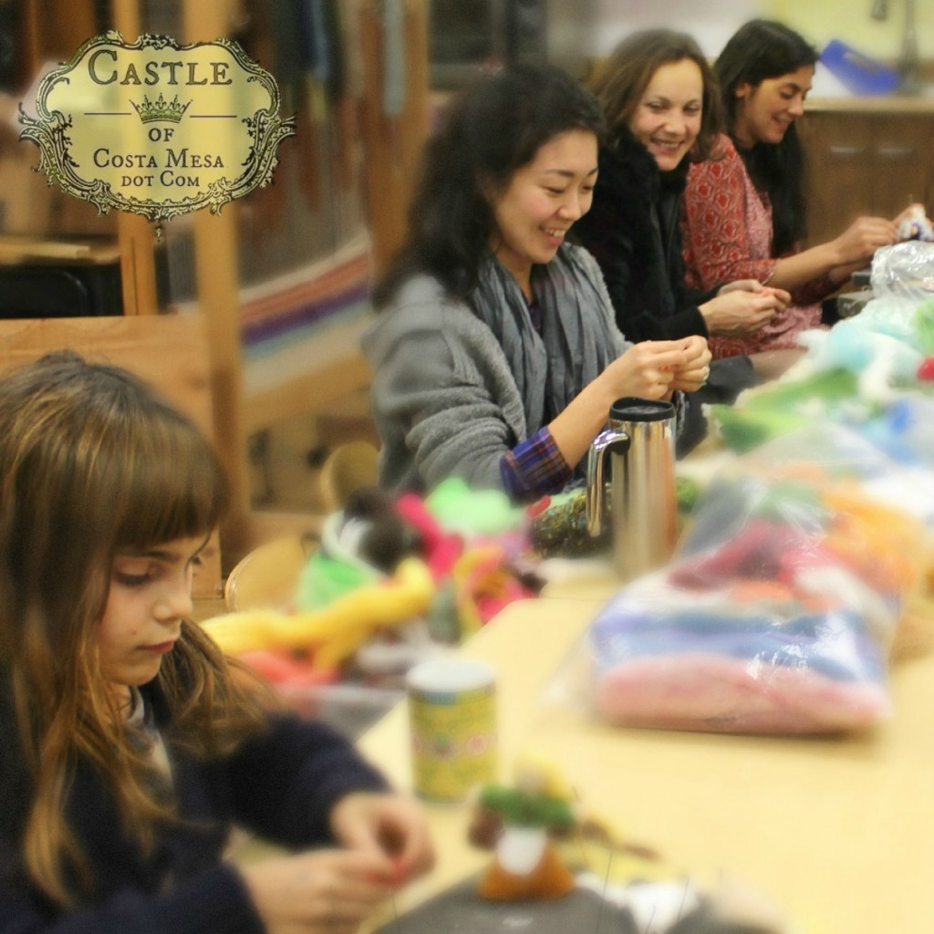 140207 Anicka, Gloria, Alena and Yvonne crafting in 3rd grade classroom 4