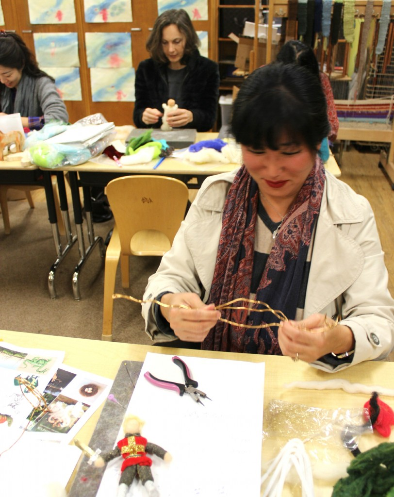 140207 Cathrine Ji making wire armature for posable fire-breathing dragon