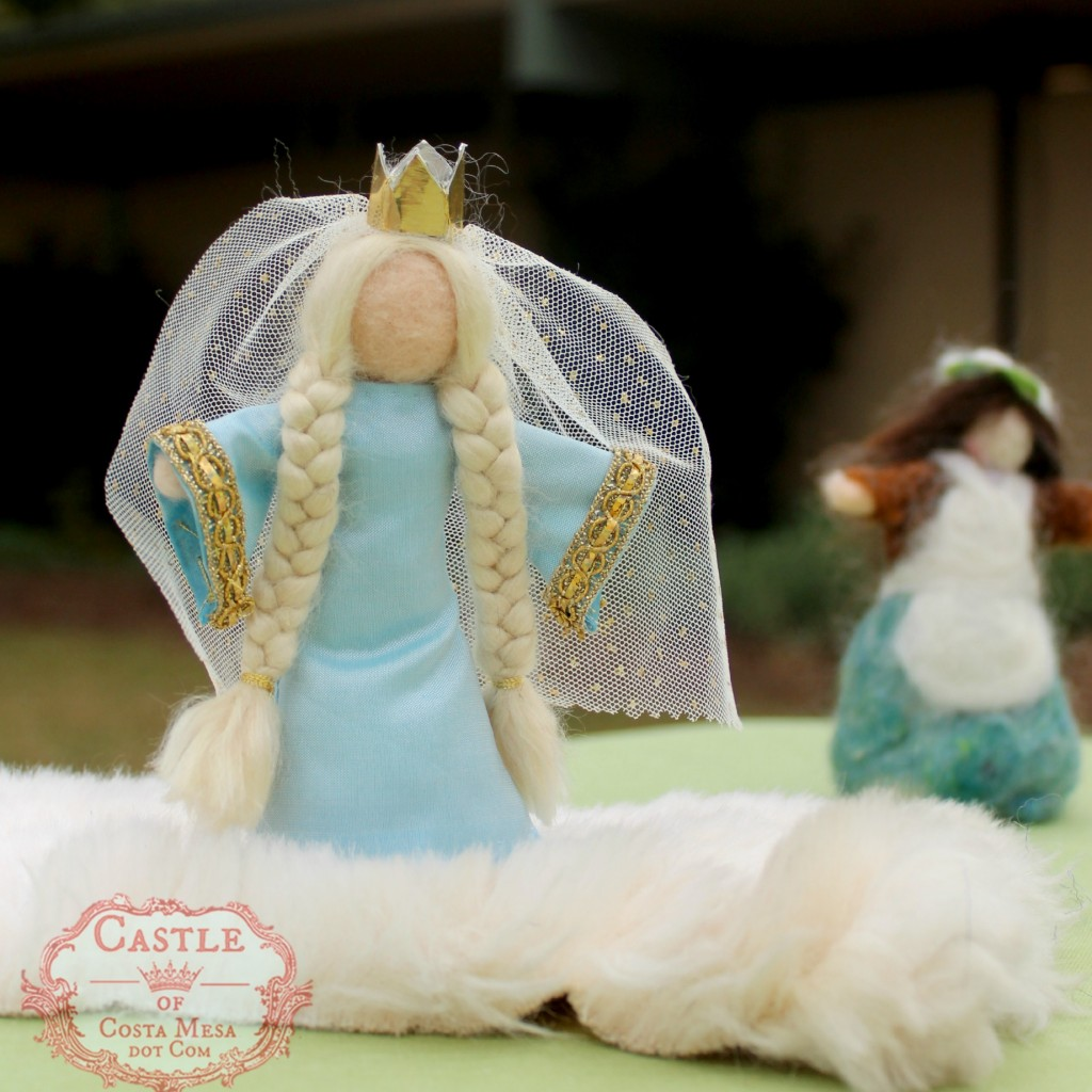 140210 Fairy Tale Queen with mini ballet crown and sparkly veil