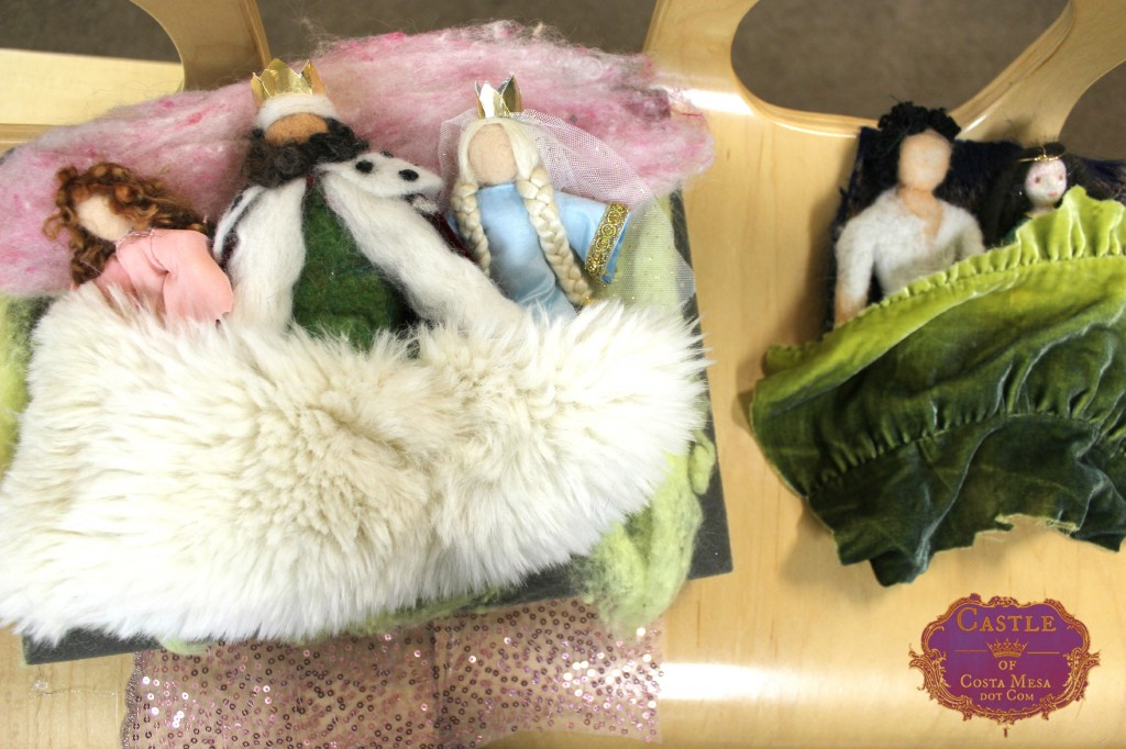 140210 Shhh the co-sleeping royal handmade dolls