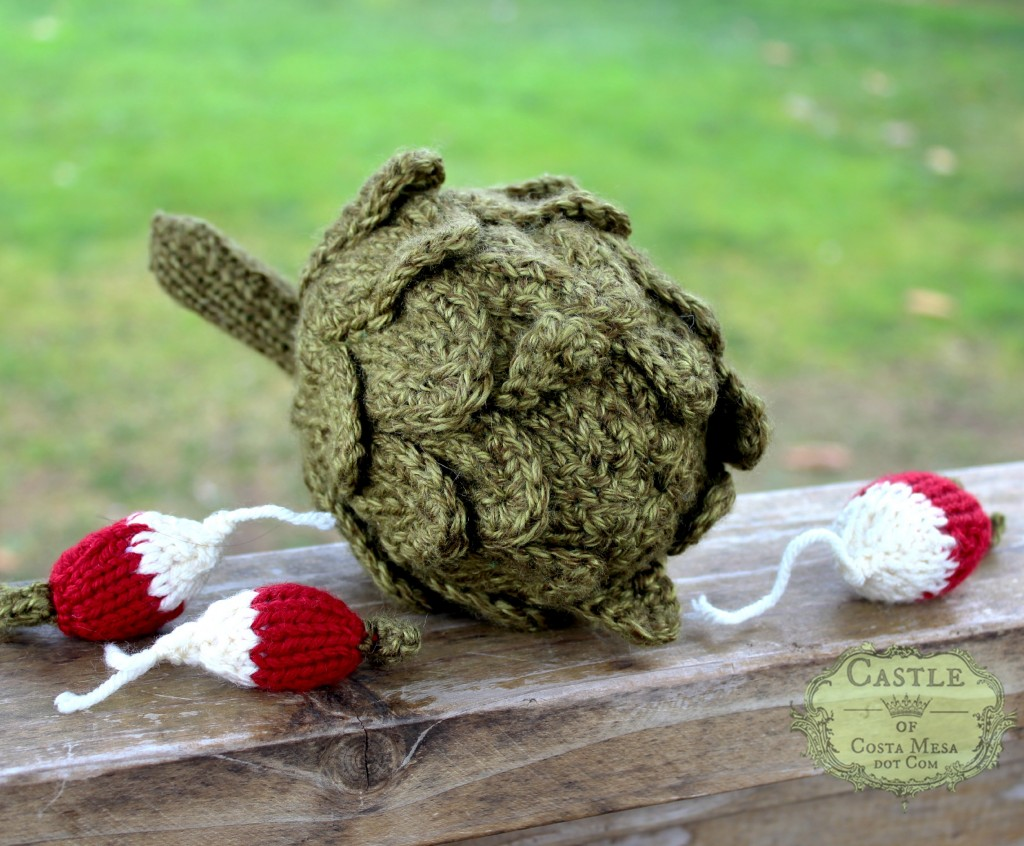140210 Susan Watkin's knitted artichoke and radishes
