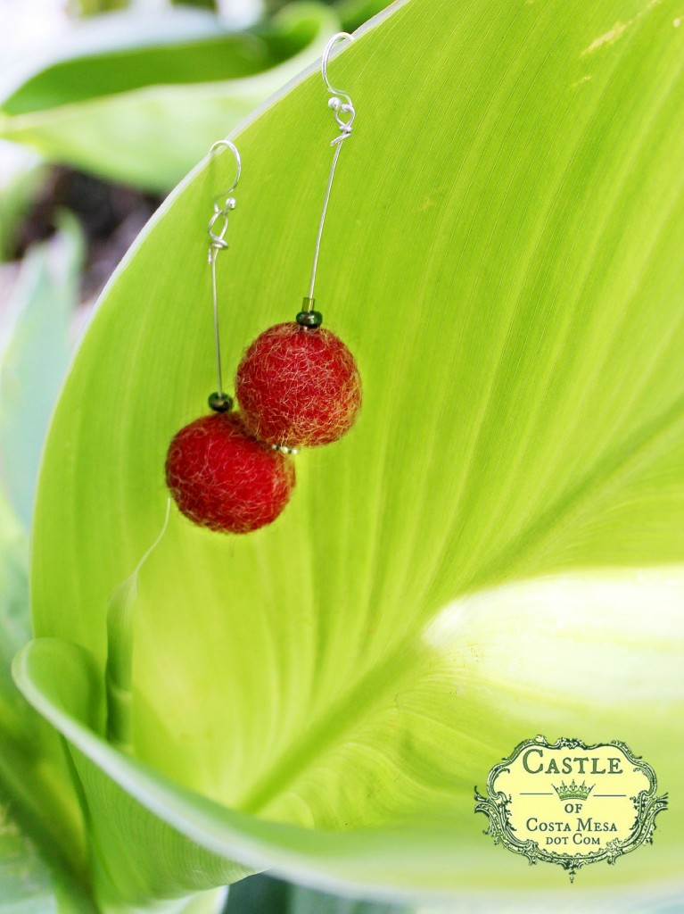 140513 red cherry handmade wet-felted dangling earrings 2