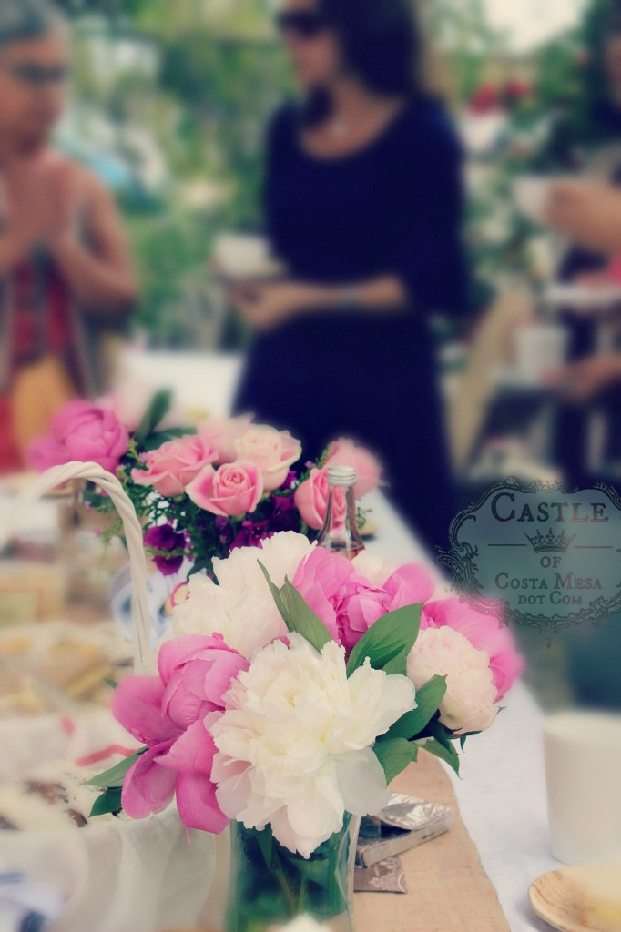 140610 Peonies on table 2