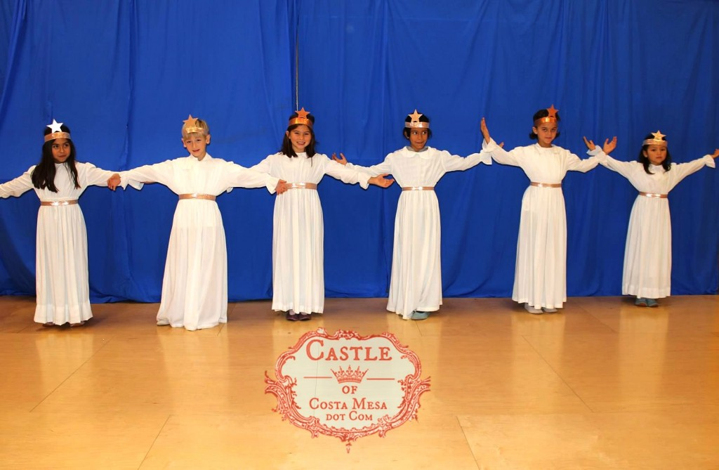 1212 Second Grade Christmas Old Spanish Eurythymy Play The angels in white 2