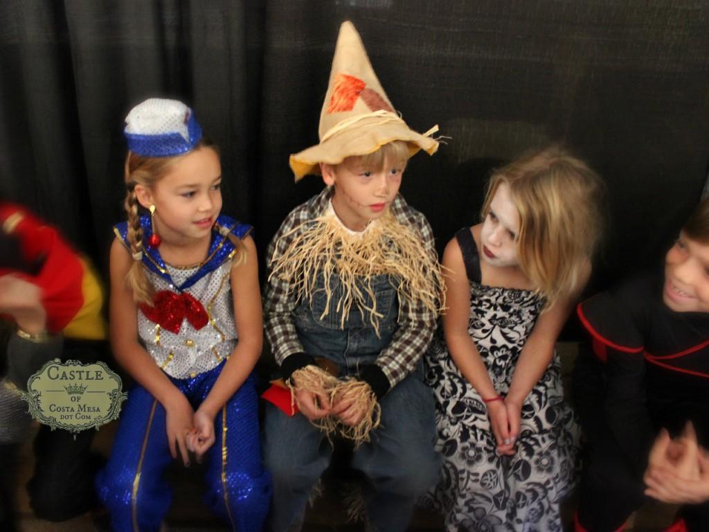 131030 Halloween Third Graders Sailor Girl, Scarecrow and Zombie girl 2