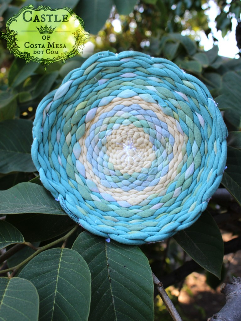 140916 Kathy's completed woven T-shirt place mat on cherimoya tree 2