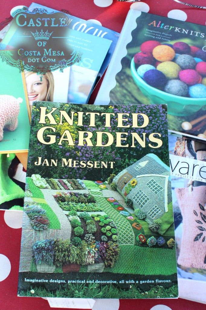 140929 Knitted Gardens by Jan Messent