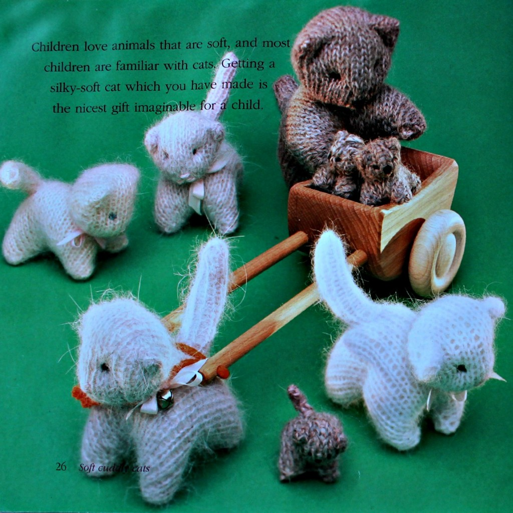 141008 Waldorf Soft and Cuddly Cats knitted pattern page 26 from Knitted Animals by Anne-Dorthe Grigaff
