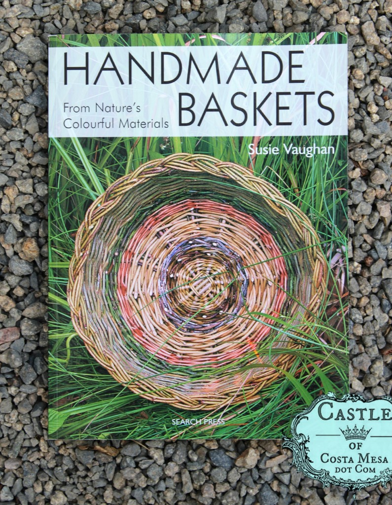 141028 Book recommendation Handmade Baskets from nature's colorful materials by Susie Vaughan