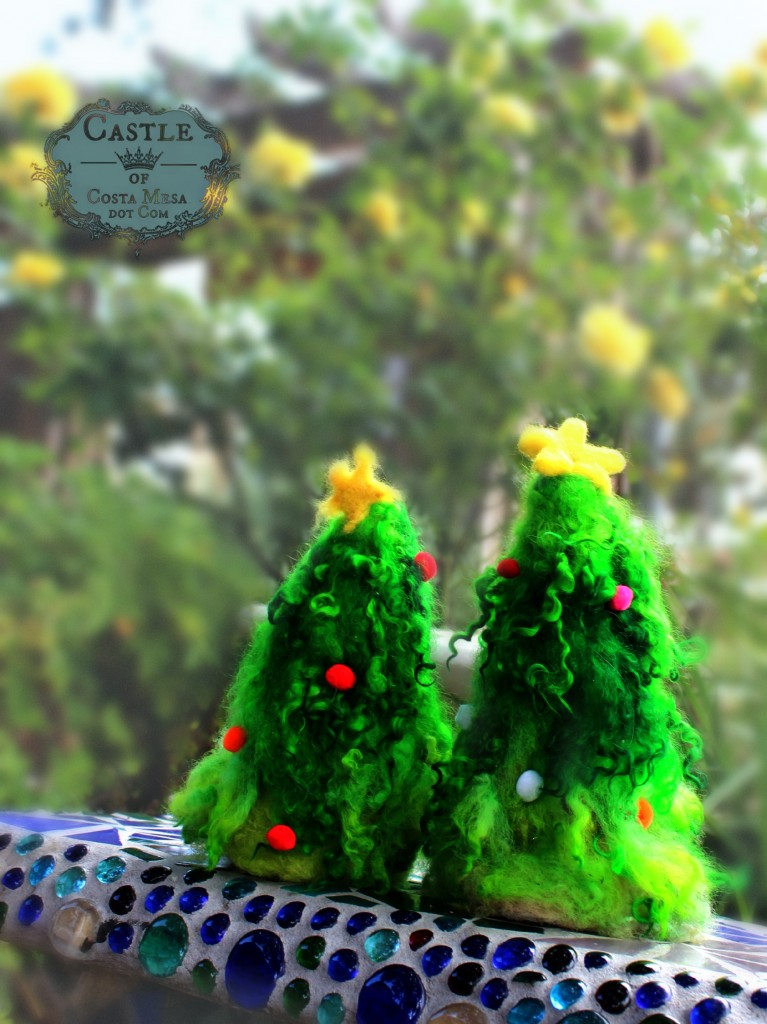 1411110 Rachel's needle-felted Christmas trees decked out in pompoms.