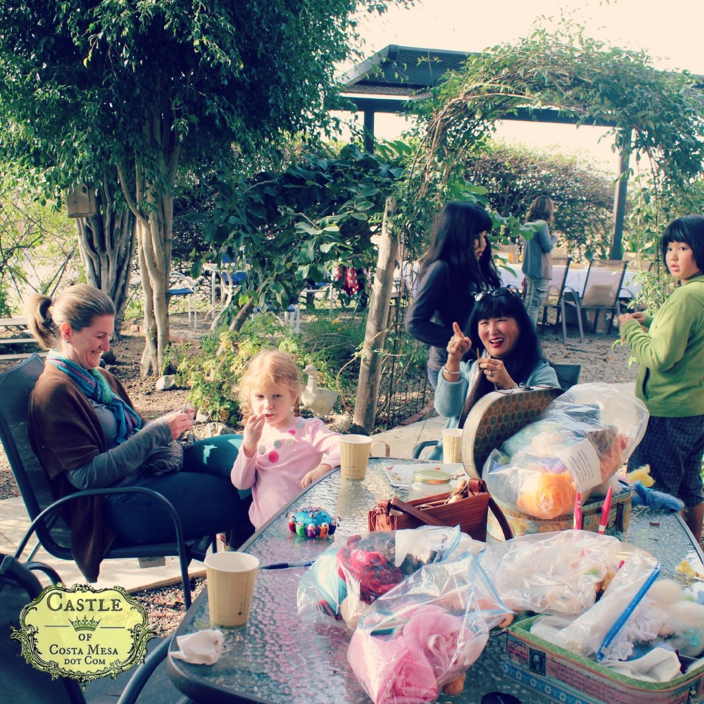 151215 Lori, Cathrine, Katia, Adrian Company of Angels garden crafting.