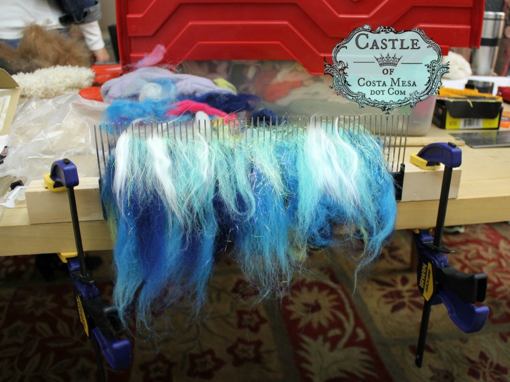 9195 150302 blue fibers on DIY handmade homemade wool blending hackles hair picks