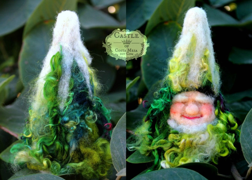 4119 151117 Dyptich Tree Gnome finger puppet needle-felted by Jzin
