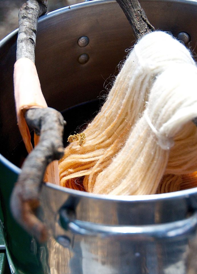 2015 dyeing yarn
